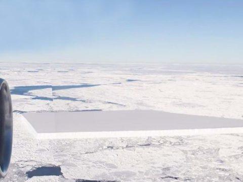 Ученые подтвердили подлинность фотографии айсберга, имеющего прямоугольную форму