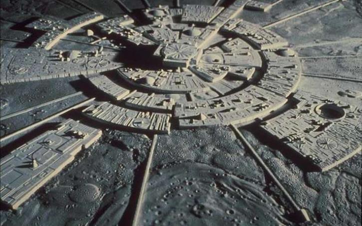 Картинки по запросу лунные города пришельцев