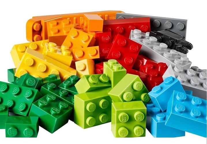 Ученые определили, сколько лет детали LEGO могут плавать в Мировом океане