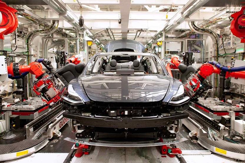 Tesla изобрела революционный аккумулятор, который позволит снизить цены на электромобили