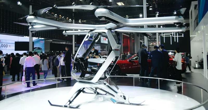 В Китае продемонстрировали летающий электромобиль