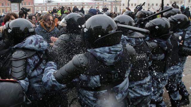 """Картинки по запросу """"протесты в москве"""""""