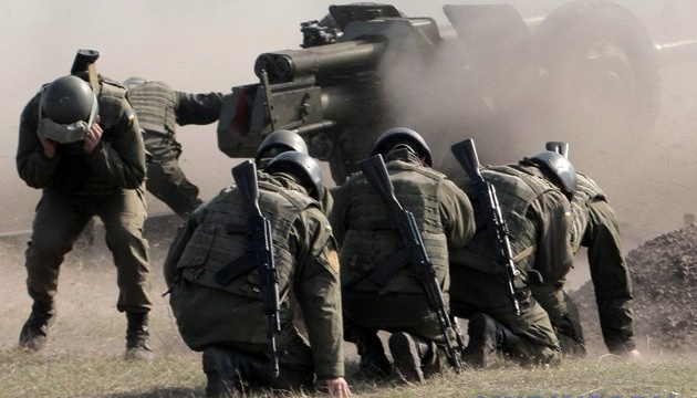 """Эскалация на Донбассе: силы ООС были вынуждены применить """"крупный калибр"""""""