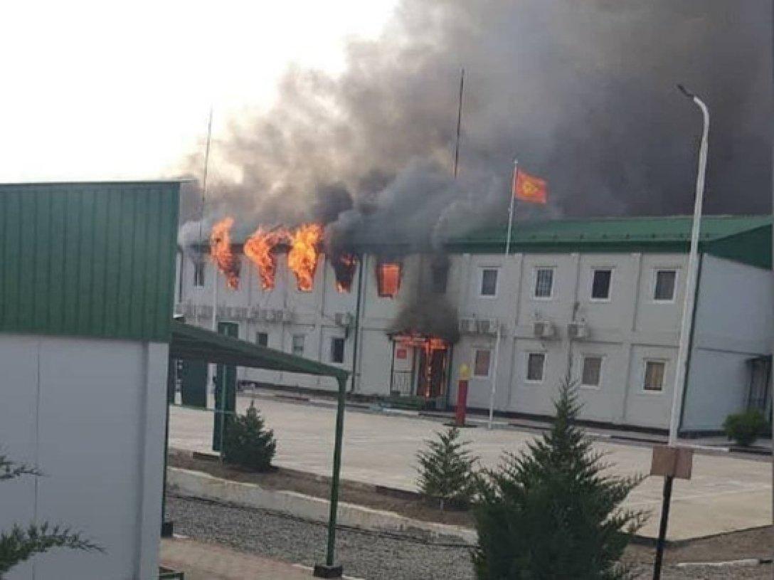 Таджикистан и Киргизия: бои на границе возобновились