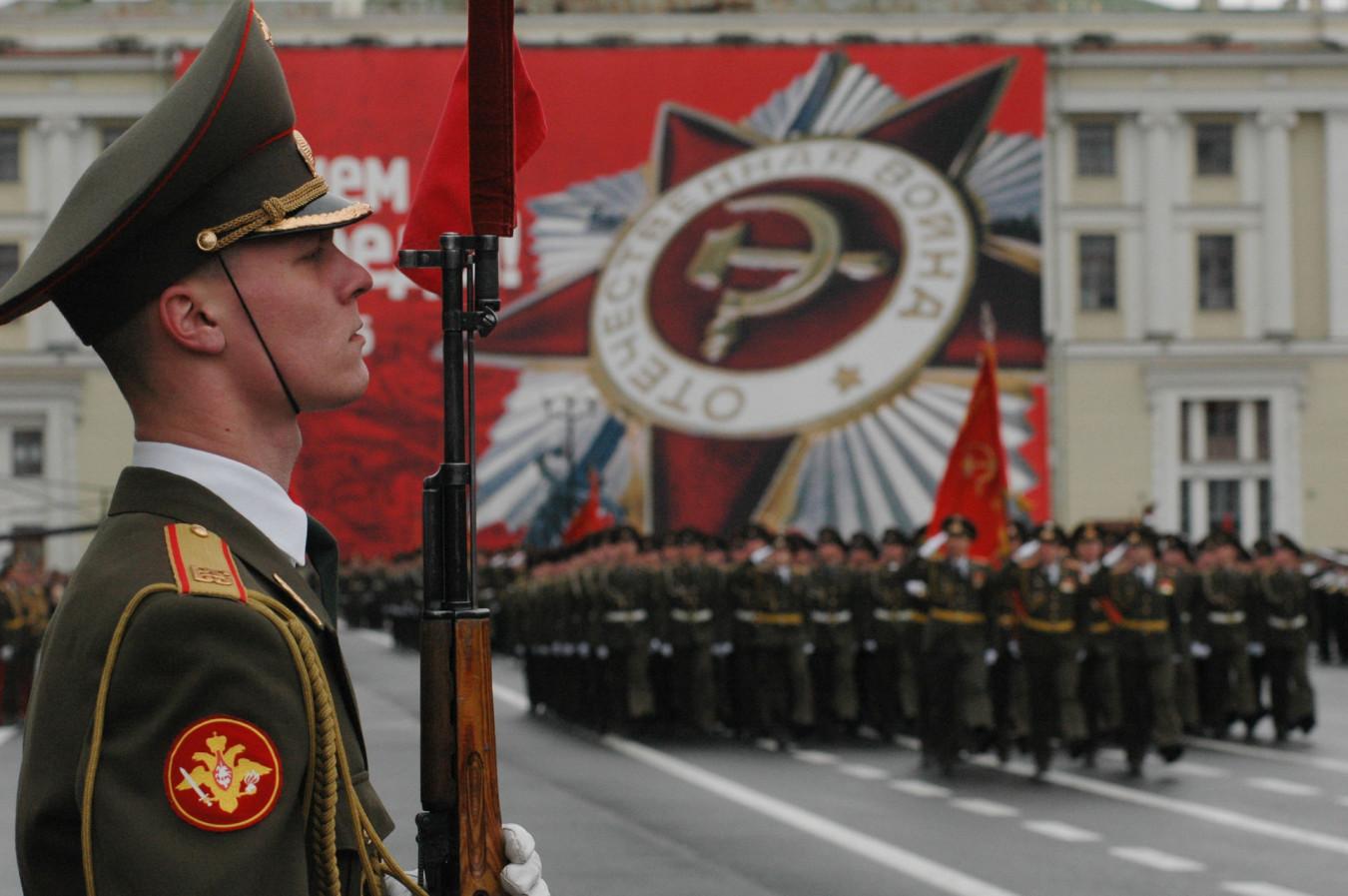 Парад 2021 года пройдет с ограничениями | Победа РФ