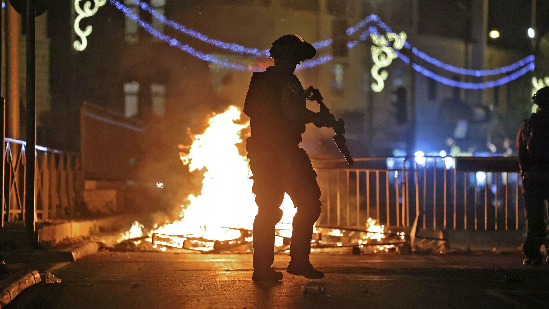 В Восточном Иерусалиме возобновились беспорядки - РИА Новости, 09.05.2021