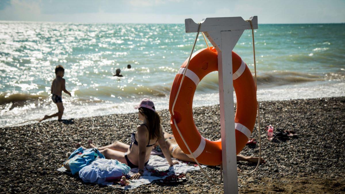 Курортный сезон в России могут продлить до осени