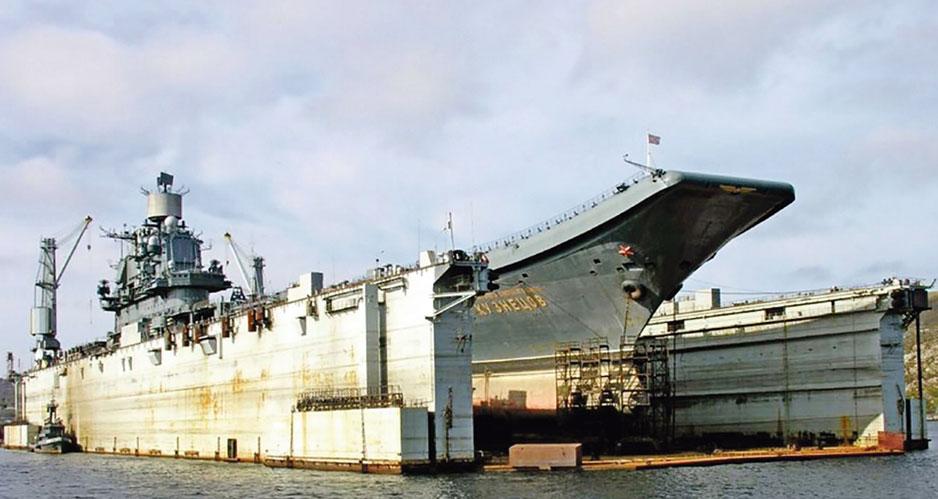 «Адмирал Кузнецов» – спасали или топили